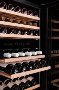 dx-89.215sbdsk-Dunavox-Inbouw-Keuken-Wijnklimaatkast-Wijnkoelkast-wijn